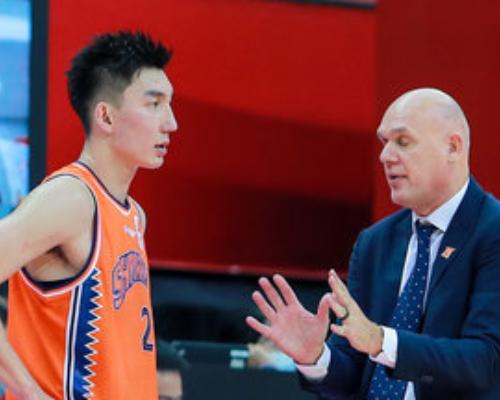 加盟上海首秀!可兰白克全快三平台场得到10分5篮板