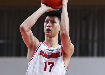 :First show!Zhao Jinyang scored 8 points, 5 rebounds, 3 assists and 3 steals插图(1)